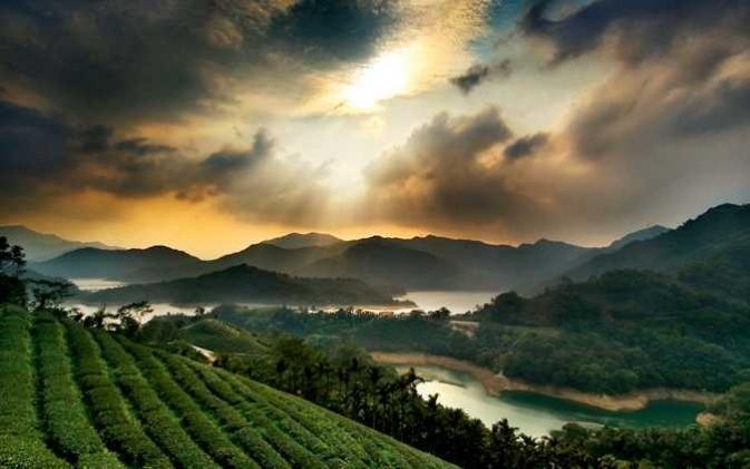 在台北县石碇乡,冬季及春天时是云海